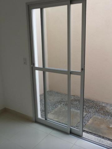 Apartamento Térreo-02 Quartos- Parque Tubarão - Foto 5