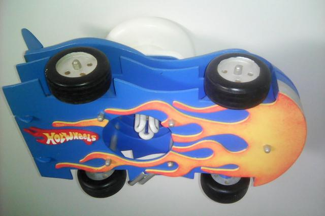 Luminária Hot Wheels