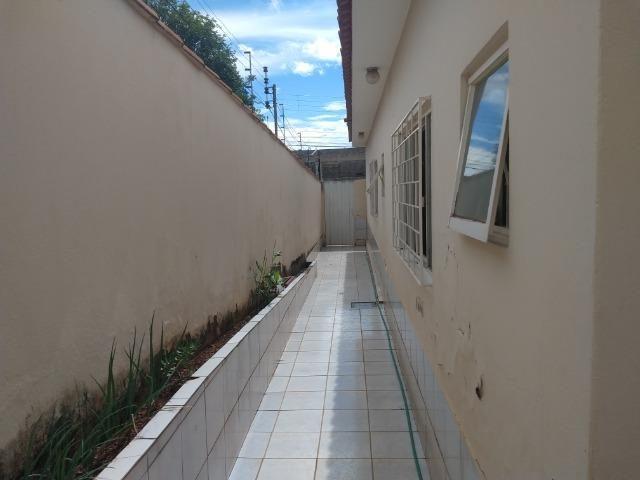 Ótima casa no bairro Santa Luzia em Patos de Minas/MG - Foto 11