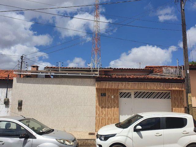 64- Vendo casa no Villagio do Cohatrac V
