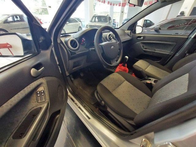 Ford Fiesta hatch 1.6 flex manual 2013 - Foto 9