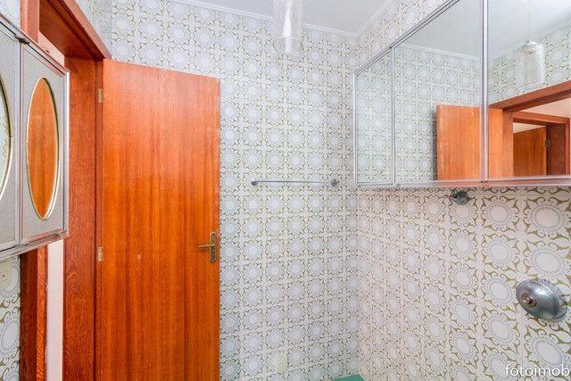 Vendo apartamento 2 dormitórios amplo e com garagem coberta no São Sebastião - Foto 17