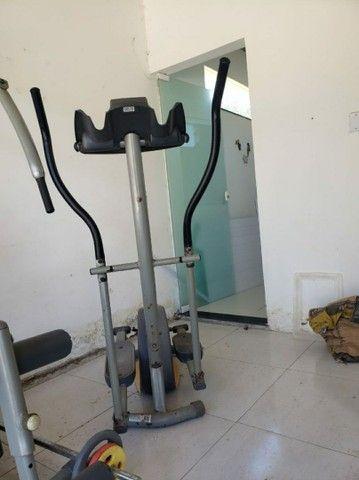 Aparelhos de musculação academia em casa