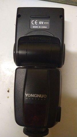 Câmera profissional<br>NIKON d3200