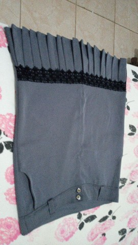 Estou vendendo estes vestidos 50,00 cada é as saias 30,00 reais  - Foto 5