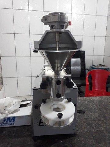 Máquina de salgados - Nova