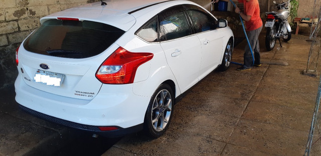 Ford Focus Hatch Titanium Plus 2.0 16V PowerShift 2015 - Foto 9