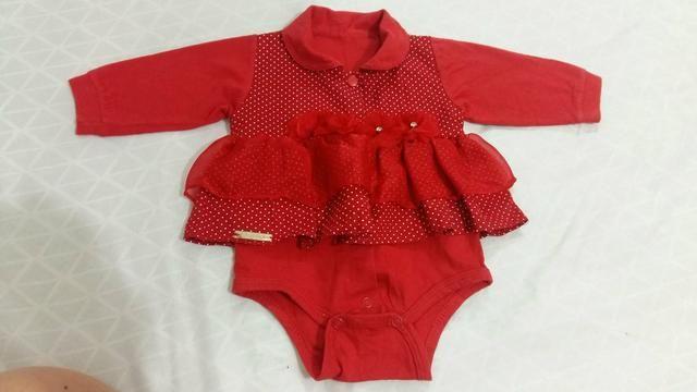Vendo roupa de bebê  cada peça ou faço um lote.