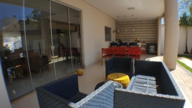 Sobrado 5 Suítes, 425 m², semi mobiliada, c/ lazer na 303 Sul - Foto 14
