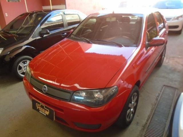 Fiat Palio 1.0 Vermelho