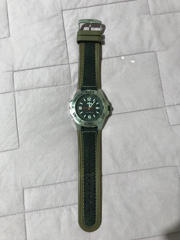 c61d79b999a Vendo relógio Jeep - Bijouterias