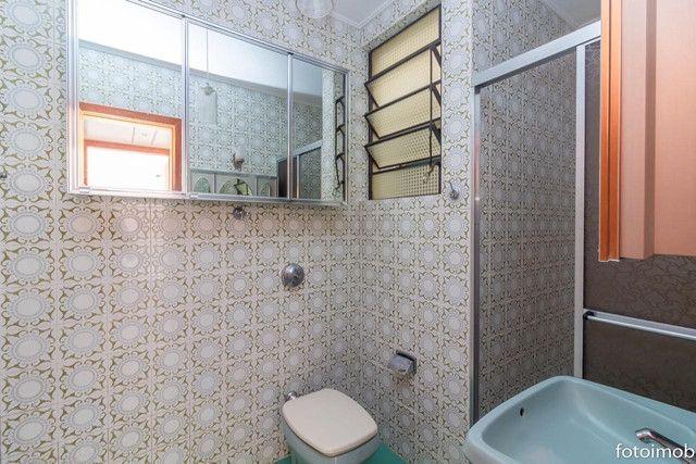 Vendo apartamento 2 dormitórios amplo e com garagem coberta no São Sebastião - Foto 18