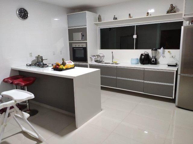 Excelente casa no Alphaville Litoral Norte II - 318 m² - 4/4 sendo 3 suítes - Casa nova - Foto 12