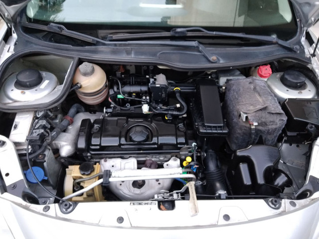 Peugeot 207 1.4 8v 2013 Excelente Estado! - Foto 11