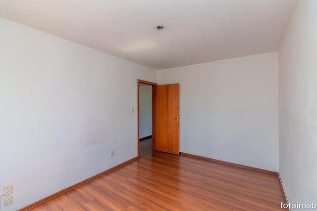 Vendo apartamento 2 dormitórios amplo e com garagem coberta no São Sebastião - Foto 7