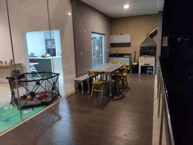 Excelente casa no Alphaville Litoral Norte II - 318 m² - 4/4 sendo 3 suítes - Casa nova - Foto 11