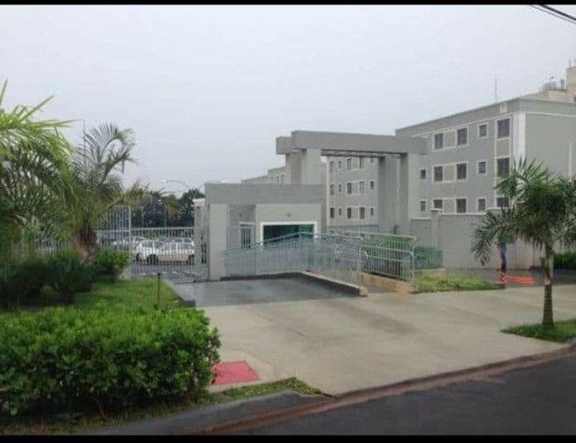 Apartamento à Venda - Cambé - 02 Dormitórios
