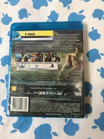 Blu-ray 3D Piratas do Caribe 4 Navegando em água misteriosas R$20,00 - Foto 2