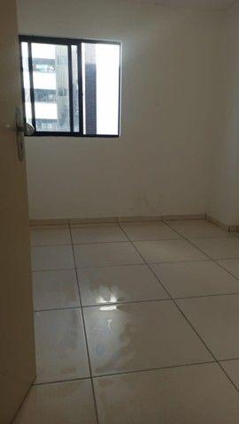 Apartamento no farol proximo a unimed, colégio Madalena Sofia - Foto 4