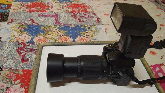 Câmera profissional<br>NIKON d3200 - Foto 3