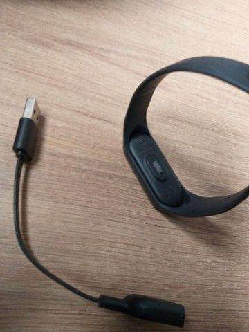 Mi Band 3 xiaomi - monitor cardíaco e notificação de celular - Foto 2