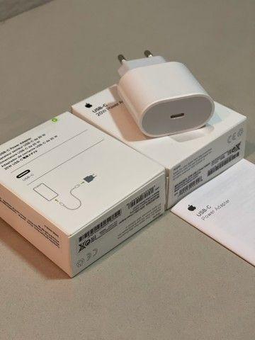 Adaptador de energia Apple USB- C  20W  - Foto 5