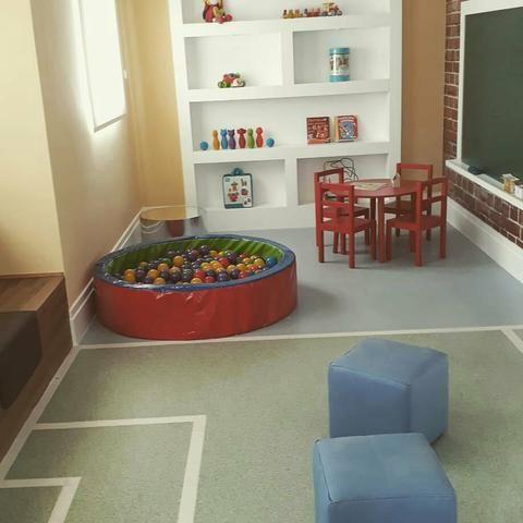 Instalação de pisos vinilicos, carpetes auto nivelantes etc