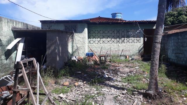 Vende, R$ 300.000,00, excelente casa na av. principal da folha 23 com kitnet no fundo - Foto 17