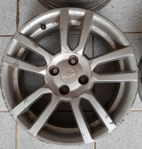 Jogo de rodas aro 16 Chevrolet Sonic 4x100 - Originais - Foto 4