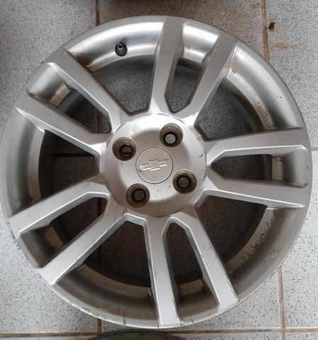 Jogo de rodas aro 16 Chevrolet Sonic 4x100 - Originais - Foto 3