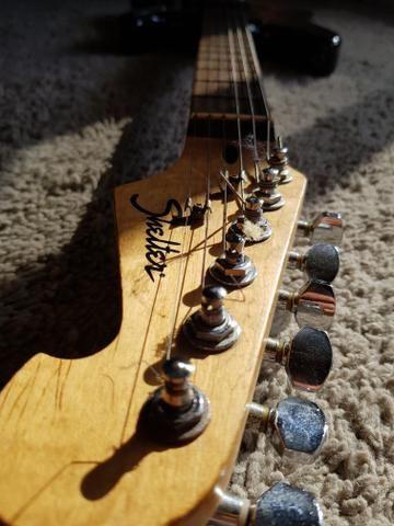 Guitarra shelter