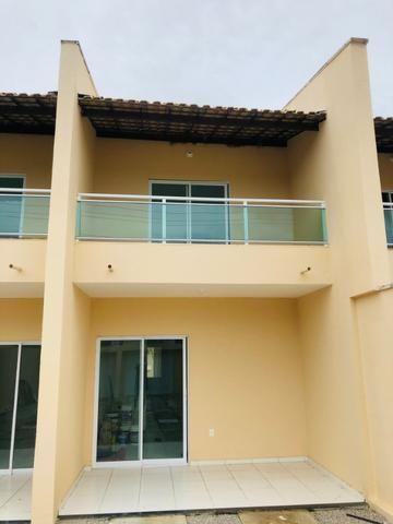 DP duplex com 3 quartos,2 banheiros,garagem,coz. americana,amplo quintal prox messejana - Foto 2