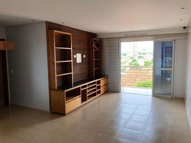 Apto 3 qtos, armariado com ótima localização- Jardim Adriana, Rio Verde/GO