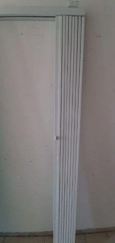 Porta blindex 4 folhas + pantográfica sanfona 2,10/2m - Foto 4