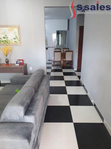 Custo Benefício!! Sobrado em Vicente Pires com 5 Quartos 02 Banheiros!! Brasília - DF - Foto 9