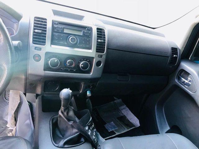 Nissan  Attack 4x2 diesel. - Foto 3