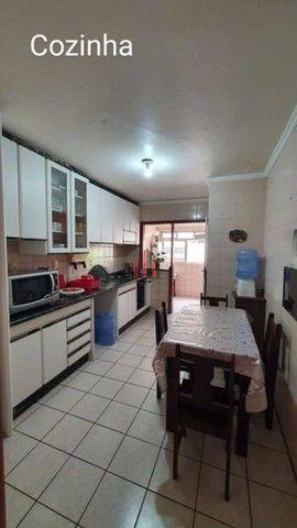 AP9331 Apartamento com 3 dormitórios à venda, 97 m² por R$ 400.000 - Balneário - Florianóp - Foto 4