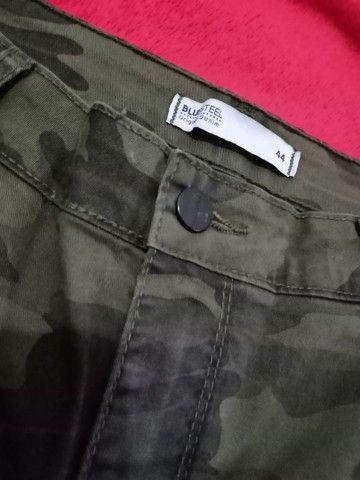 Calça camuflada NOVA 44 - Foto 2