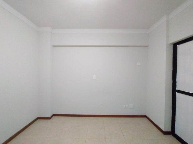 Locação | Apartamento com 130.37m², 3 dormitório(s), 2 vaga(s). Zona 01, Maringá - Foto 11