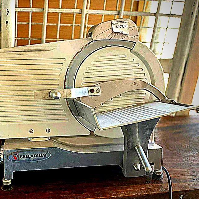 Cortador Fatiador de Frios Elétrico - Foto 2
