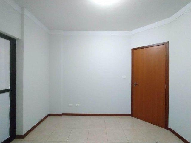 Locação | Apartamento com 130.37m², 3 dormitório(s), 2 vaga(s). Zona 01, Maringá - Foto 12