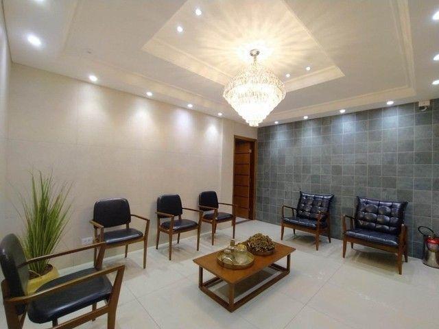 Locação | Apartamento com 130.37m², 3 dormitório(s), 2 vaga(s). Zona 01, Maringá - Foto 2