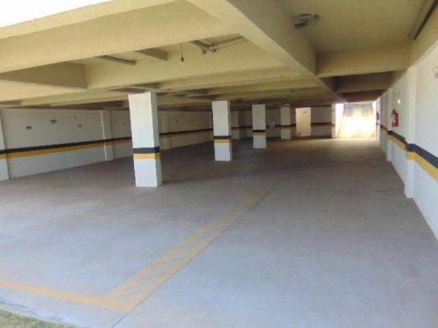 Excelente apto com área privativa de 2 quartos B. Candelária. - Foto 18