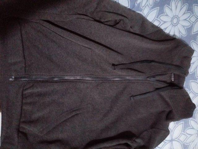 Conjunto 2 casacos tamanho G ( novos ) - Foto 2