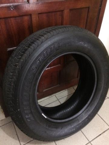 Pneus Bridgestone 255x65x17