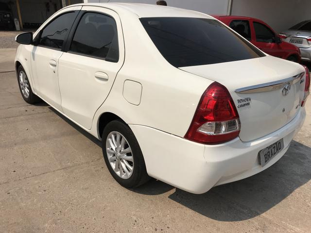 Etios sedan XLS 1.5 flex - Foto 4
