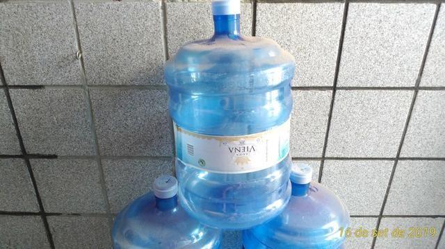 Garrafão de água mineral. Leia descrição - Foto 3