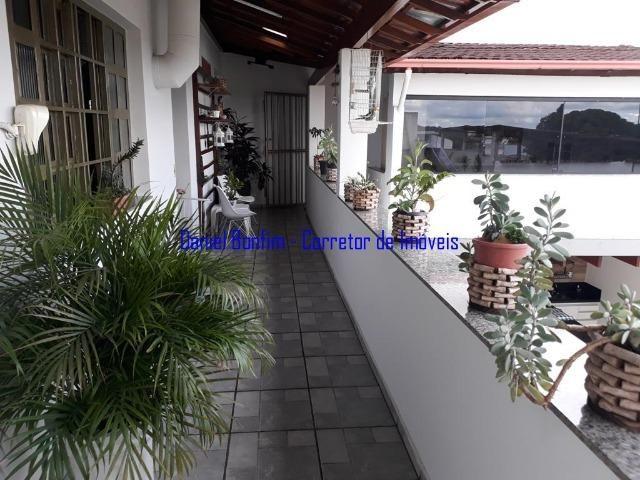 Casa com 04 quartos no bairro Grã-Duquesa - lote inteiro - Foto 10