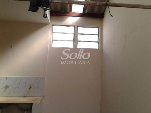 Casa para alugar com 2 dormitórios em Santa mônica, Uberlândia cod:72 - Foto 2