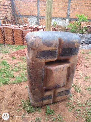 Tanque 300 litros e uma lona - Foto 2